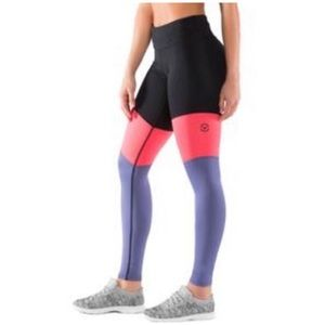 Virus Eco 41 black & purple compression leggings S